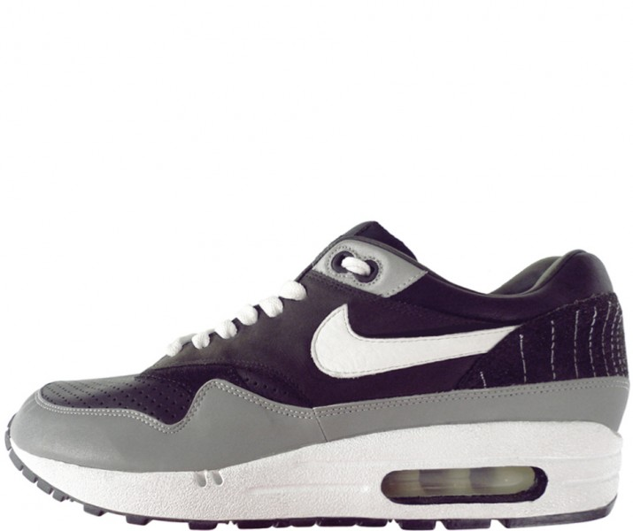 competitive price 4c2fe 93614 ... of the Air Max 1 to Celebrate 15 Years of Nike Air. My inspiration was  the imagery of radio transmission and London s pirate radio culture, ...